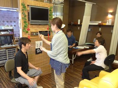 福田整骨院にて音叉と水晶ヒーリング講座