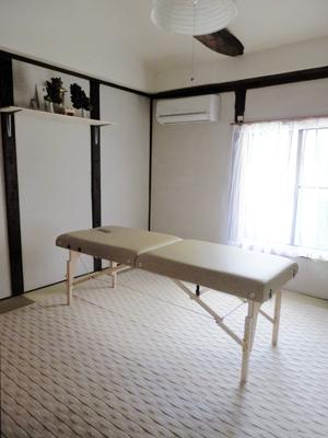 大阪市谷町九丁目の神聖な整体の部屋です